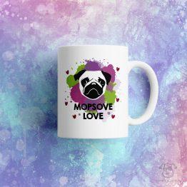 """Kubek """"Mopsove love"""" idealny dla właściciela psa rasowego (mops) do pracy, do domu i w podróż. Na prezent dla miłośnika zwierząt czy jako gadżet dla wielbiciela psów."""
