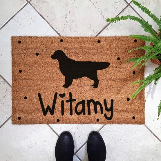 Wycieraczka kokosowa z psem rasowym golden retriever. Prezent dla właściciela psa. Sklep z wyjątkowymi gadżetami dla miłośników zwierząt.