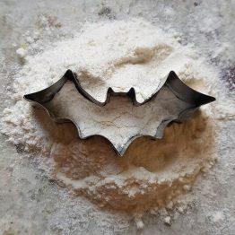 Foremka do ciastek w kształcie nietoperza idealna dla miłośnika zwierząt i Batmana.