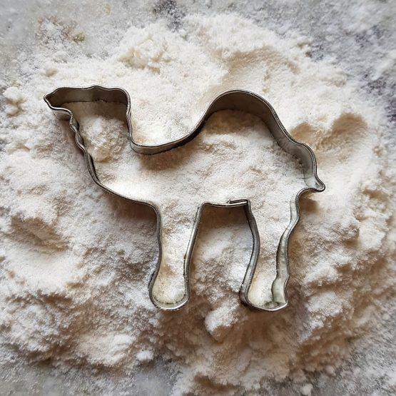Foremka do ciastek w kształcie wielbłąda idealna dla miłośnika zwierząt i zoo.