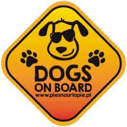 """Naklejka na samochód z psem """"Dogs on board"""" (psy na pokładzie)."""