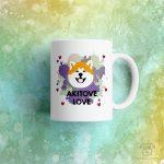 """Kubek """"Akitove love"""" idealny dla właściciela psa rasowego (akita inu) do pracy, do domu i w podróż. Na prezent dla miłośnika zwierząt czy jako gadżet dla wielbiciela psów."""