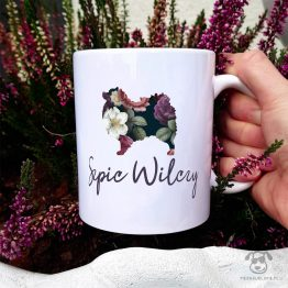 Kubek z pasem – Szpic wilczy cały w kwiatach. Autorski projekt, delikatność wzoru, piękno kwiatów i miłość do psów w jednym :)