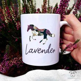Kubek personalizowany - Twój koń cały w kwiatach z imieniem Twojegokonia. Autorski projekt, delikatność wzoru, piękno kwiatów i miłość do koni w jednym :)