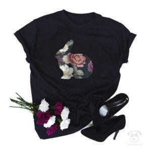 Koszulka z królikiem całym w kwiatach